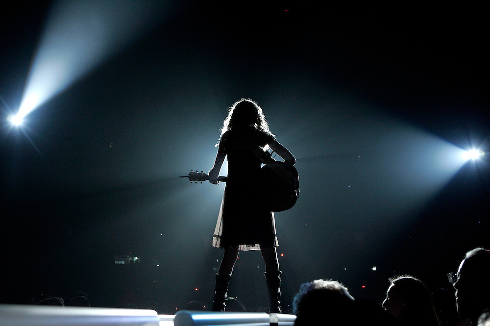 SCOTT MORGAN   ROCKFORD REGISTER STAR.Taylor Swift performs during a sold out show with Brad Paisley and Rodney Atkins Friday, Nov. 16, 2007 at the MetroCentre in Rockford.