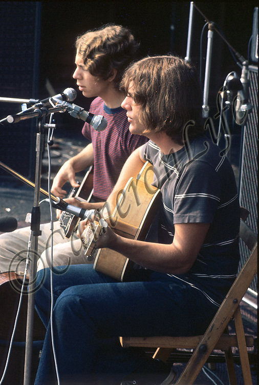 """Good News.- .Not much has been found out about Good News, but in Brian Hinton's book """"Message to Love - the Isle of Wight Festival"""" they are named as Larry Gold and Michael Bacon.  .If anyone can tell us more about this American acoustic duo, we would be very grateful."""
