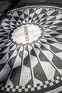 NEW YORK  2020V10<br /> <br /> Minnesmärke över John Lennon vid Strawberry Fields i Central Park.<br /> <br /> Foto: Per Danielsson/Projekt.P