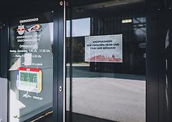 THEMENBILD - das gesperrte Fussballstadion des FC Red Bull Salzburg. Wegen des Coronavirus wurde der Spielbetrieb in der Österreichischen Bundesliga eingestellt. Wann Fussballspiele wieder stattfinden können ist aktuell noch unklar, aufgenommen am 10. April 2020 Red Bull Arena, Salzburg, Österreich // the closed Football Stadium of FC Red Bull Salzburg. Due to the Corona crisis, the Austrian League was suspended. It is not yet clear when soccer matches will take place, Red Bull Arena, Salzburg, Austria on 2020/04/10. EXPA Pictures © 2020, PhotoCredit: EXPA/ JFK