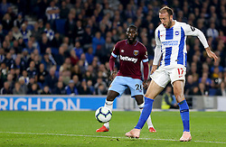 Brighton & Hove Albion's Glenn Murray (right) scores his side's first goal of the game