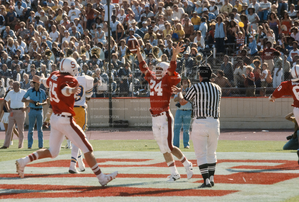 COLLEGE FOOTBALL:  Stanford vs San Jose State on October 4, 1980 at Stanford Stadium in Palo Alto, California.  Mike Dotterer #24.  Photograph by David Madison ( www.davidmadison.com ).