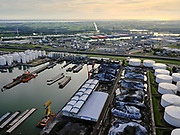 Nederland, Zuid-Holland, Rotterdam, 14-09-2019; Botlek, Laurenshaven met onder andere EBS Laurenshaven en Botlek Tank Terminal.<br /> Botlek, Laurenshaven with EBS Laurenshaven and Botlek Tank Terminal.<br /> luchtfoto (toeslag op standard tarieven);<br /> aerial photo (additional fee required);<br /> copyright foto/photo Siebe Swart
