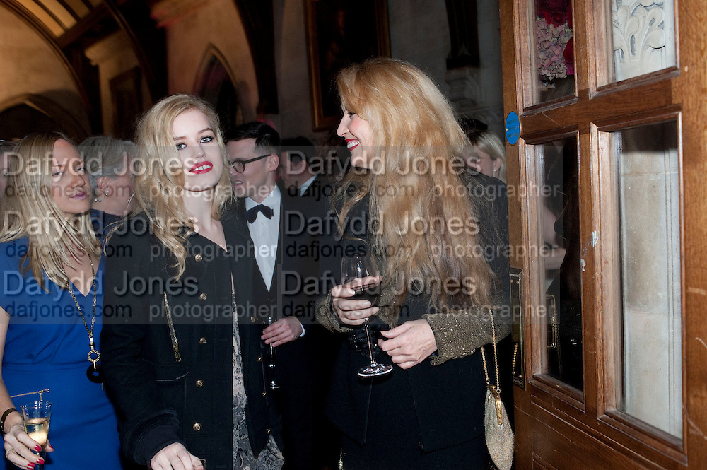 GEORGIA MAY JAGGER; JERRY HALL, British Fashion awards 2009. Supported by Swarovski. Celebrating 25 Years of British Fashion. Royal Courts of Justice. London. 9 December 2009