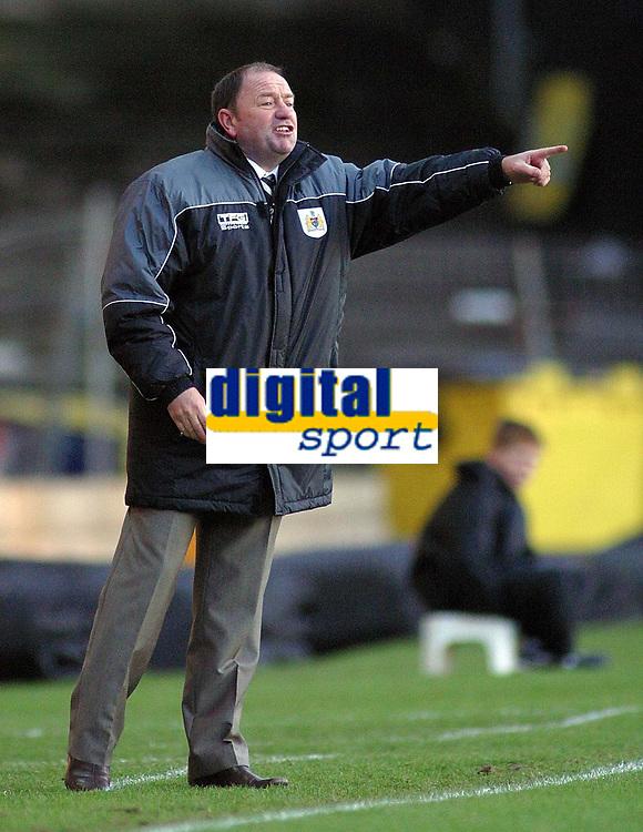 Photo: Paul Thomas.<br /> Port Vale v Bristol City. Coca Cola League 1. 17/12/2005.<br /> <br /> Bristol manager Gary Johnson.