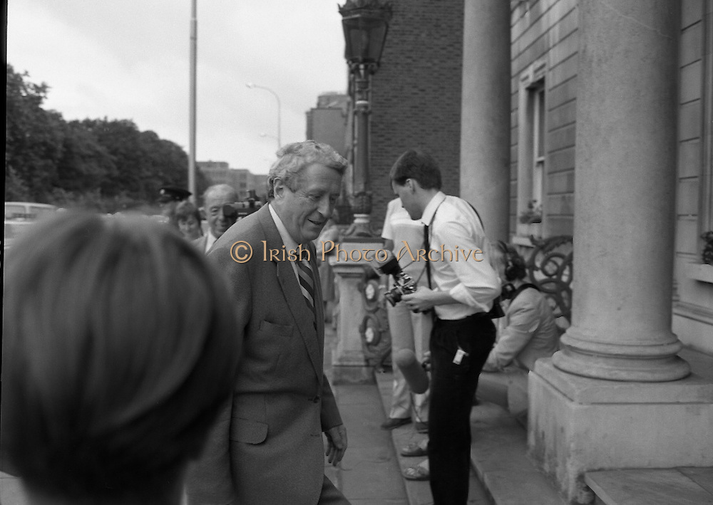 Tipp O'Neill At Iveagh House, Dublin.  (R61)..1987..10.07.1987..07.10.1987..10th July 1987..Mr Tipp 'Neill, Speaker of the House of Representatives in Washington DC paid a courtesy call at Iveagh House, Dublin today. Mr O'Neill was the guest of honour at a luncheon hosted by An Taoiseach, Charles Haughey and An Tanaiste, Brian Lenihan...Image shows Dr Garret Fitzgerald TD arriving at Iveagh House for the luncheon to honour Mr Tipp O'Neill, Speaker of the House of Representatives in Washington DC.