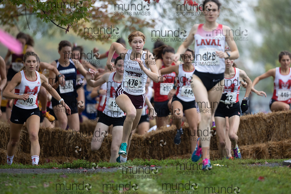 (Ottawa, Canada---02 October 2021)  Audrey  McCarthy (Ottawa Gee-Gees) competing in the University/Open Women's race at the 2021 Capital Cross Country Challenge held at Mooney's Bay Park in Ottawa.<br /> <br /> Photograph 2021 Copyright Miles Ryan Rowat / Mundo Sport Images