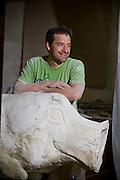 Mike Davis Fayetteville artist for Pigshibition