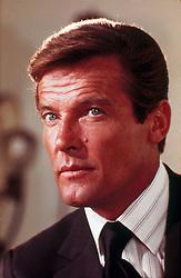 1973, Film Title: LIVE AND LET DIE, Director: GUY HAMILTON, Pictured: GUY HAMILTON, JAMES BOND. (Credit Image: SNAP/ZUMAPRESS.com) (Credit Image: © SNAP/Entertainment Pictures/ZUMAPRESS.com)