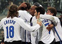 Fotball<br /> Italia<br /> 28.01.2007<br /> Foto: Inside/Digitalsport<br /> NORWAY ONLY<br /> <br /> Douglas Sisenando Maicon (Inter) celebrates with Zlatan Ibrahimovic (Inter), Luis Madeira Figo (Inter), Hernan Crespo (Inter) after scoring goal<br /> <br /> Sampdoria v Inter (0-2)