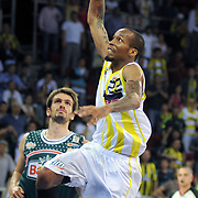 Fenerbahce Ulker's Tarence Anthony KINSEY (R) during their Turkish Basketball league semi final second leg match Fenerbahce Ulker between Banvit at Abdi Ipekci Arena in Istanbul, Turkey, Wednesday, May 12, 2010. Photo by TURKPIX