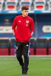 NICE, FRANCE - Wednesday, June 2, 2021: Wales' Daniel James inspects the pitch before an international friendly match between France and Wales at the Stade Allianz Riviera ahead of the UEFA Euro 2020 tournament. (Pic by Simone Arveda/Propaganda)