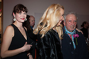 JASMINE GUINNESS; JERRY HALL; DAVID BAILE, Opening of Bailey's Stardust - Exhibition - National Portrait Gallery London. 3 February 2014