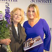 NLD/Amsterdam/20160529 , Boekpresentatie Het Groot Nederlands Knuffelboek van Gallyon van Vessem, Gallyon van Vessem met Ria Bremer