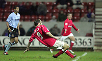 Fotball<br /> England 2004/2005<br /> Foto: SBI/Digitalsport<br /> NORWAY ONLY<br /> <br /> Swindon Town v Hull City<br /> The Coca-Cola Football League one. County Ground.<br /> 20/11/2004<br /> <br /> Swindon's Sam Parkin scores the third goal against Hull.