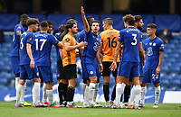 Football - 2019 / 2020 Premier League - Chelsea vs. Wolverhampton Wanderers<br /> <br /> Chelsea's Cesar Azpilicueta gestures to the referee's assistant for correct placement for the free kick that led to Mason Mount's opening goal, at Stamford Bridge.<br /> <br /> COLORSPORT/ASHLEY WESTERN