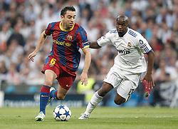 27-04-2011 VOETBAL: SEMI FINAL CL REAL MADRID - FC BARCELONA: MADRID<br /> Lass Diarra and Xavi Hernandez <br /> *** NETHERLANDS ONLY***<br /> ©2011-FH.nl-EXPA/Alterphotos/ALFAQUI/Cesar Cebolla