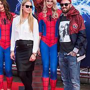 NLD/Amsterdam/20140422 - Premiere The Amazing Spiderman 2, Ben Saunders en Fleur Eysberg