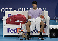 Tennis - 2017 Nitto ATP Finals at The O2 - Day Five<br /> <br /> Group Boris Becker Singles: Roger Federer (Switzerland) Vs Marin Cilic (Croatia)<br /> <br /> Roger Federer (Switzerland) sits in the FedEx sponsored bench between sets at the O2 Arena<br /> <br /> COLORSPORT/DANIEL BEARHAM