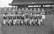 Neg No: .722/9803-9807...20031955CSF...20.03.1955..Colleges Semi-Final .Munster v. Leinster at Croke Park..Munster Team . ....RESCAN Cracked negative