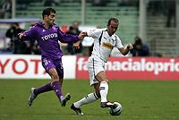 Firenze 9-1-05<br /> Campionato di calcio Serie A 2004-05 <br /> Fiorentina Lazio<br /> nella  foto Di Canio contrastato da Maresca<br /> Foto Snapshot / Graffiti