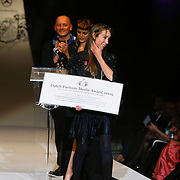 NLD/Den Haag/20091106 - Uitreiking Mercedes-Benz Dutch Fashion Awards 2009, Iris van Herpen winnaar Dutch Fashion Media Award