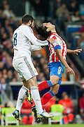 Albiol and Falcao fights an aerial ball