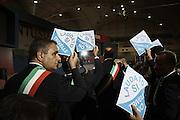I sindaci dei comuni salentini protestano durante il discorso del sottosegretario alla presidenza del Consiglio dei Ministri. Cerimonia inaugurale della 79esima edizione della Fiera del Levante, Bari 12 settembre 2015. Christian Mantuano / OneShot