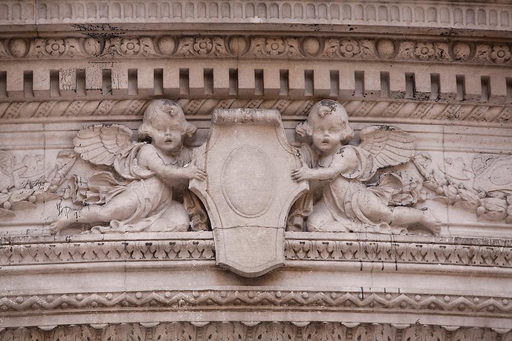 Buenos Aires, Argentina...Detalhe das fachadas de predios em Buenos Aires, Argentina...Building facade in Buenos Aires, Argentina...Foto: LEO DRUMOND / NITRO