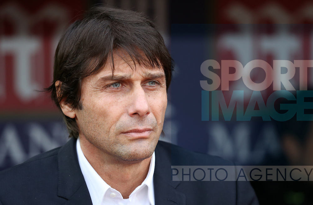 Chelsea's Antonio Conte looks on during the Premier League match at Selhurst Park Stadium, London. Picture date December 17th, 2016 Pic David Klein/Sportimage