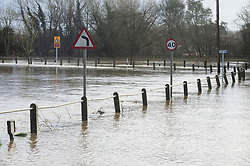 ©Licensed to London News Pictures 21/12/2019. <br /> Yalding ,UK.  Flood water in fields next to Lees Road, Yalding  The River Medway in Yalding, Kent has bursts its banks causing severe flooding to the village.   Photo credit: Grant Falvey/LNP