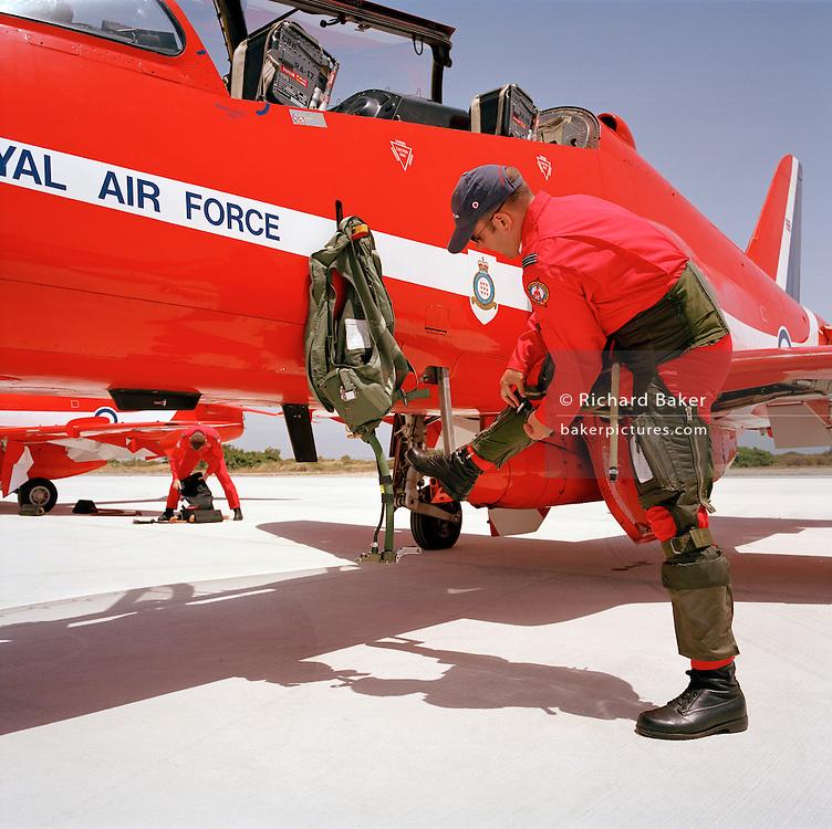 Red Arrows, RAF Akrotiri 2004