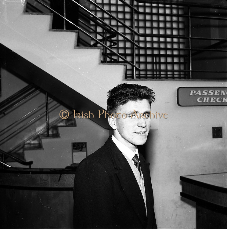 23/05/1957<br /> 05/23/1957<br /> 23 May 1957<br /> F.A.I. Youths team for tour of Germany.<br /> Johnny Lane, (Rockmount).