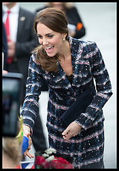 October 14, 2016 - Manchester, United Kingdom - Image licensed to i-Images Picture Agency. 14/10/2016. Manchester, United Kingdom. The Duchess of Cambridge meets the crowds as she leaves  the National Football Museum  in Manchester. Picture by Stephen Lock / i-Images (Credit Image: © Stephen Lock/i-Images via ZUMA Wire)