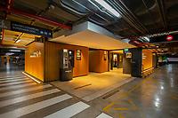 04/Septiembre/2020 Madrid.<br /> Zona del parking del centro comercial Arturo Soria Plaza iluminado por AOM.<br /> <br /> ©JOAN COSTA