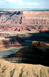 UT: Utah; Canyonlands National Park, Colorado River, Gooseneck               .Photo Copyright: Lee Foster, lee@fostertravel.com, www.fostertravel.com, (510) 549-2202.Image: utcany208