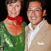 NLD/Noordwijk/20100827 - Miljonair Summerfair 2010, Coco de Meyere en partner Kim Tjoa
