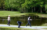 Photograph: Scott Heavey<br />Volvo PGA Championship At Wentworth Club. 23/05/2003.<br />Darren Clarke (left) Anders Hansen (middle) and Nick Faldo make their way to the 8th green.