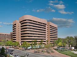 Vornado_2451_Crystal_Dr Office building exterior