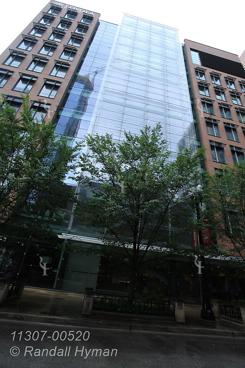 Loyola University's Schreiber Center at 16 East Pearson Street is due to be managed by WattTime as a pilot project to maximize the building's energy efficiency in downtown Chicago, Illinois.