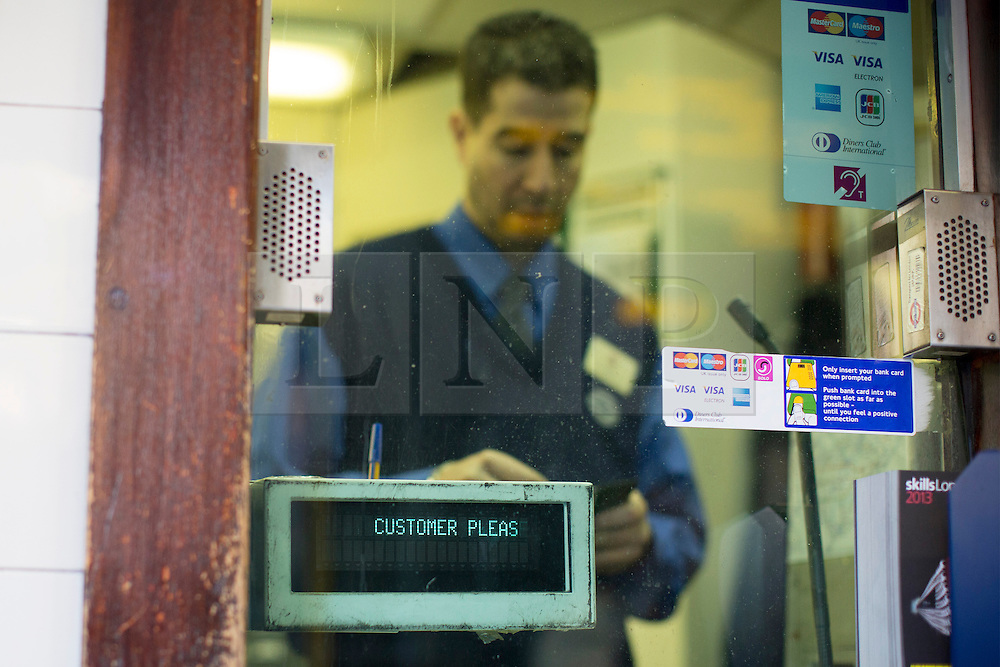 © licensed to London News Pictures. London, UK 21/11/2013. TfL reveals the plans to shut London Tube ticket offices and cut 750 jobs by 2015 due to cuts of about £78m. Photo credit: Tolga Akmen/LNP