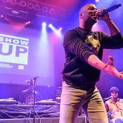 Common performs at a Planned Parenthood benefit at the 9:30 Club in Washington, D.C. on the eve of Donald Trump's inauguration. (photo by Kyle Gustafson)