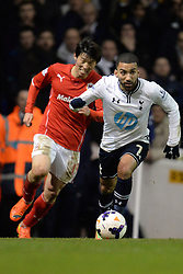 Tottenham's Aaron Lennon runs with the ball - Photo mandatory by-line: Mitchell Gunn/JMP - Tel: Mobile: 07966 386802 02/03/2014 - SPORT - FOOTBALL - White Hart Lane - London - Tottenham Hotspur v Cardiff City - Premier League
