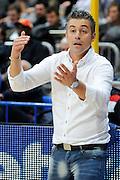 DESCRIZIONE : Bologna LNP DNB Adecco Silver GironeA 2013-14 Fortitudo Bologna Basket Cecina<br /> GIOCATORE : Coach Campanella Federico <br /> SQUADRA : Basket Cecina<br /> EVENTO : LNP DNB Adecco Silver GironeA 2013-14<br /> GARA :  Fortitudo Bologna Basket Cecina <br /> DATA : 05/01/2014<br /> CATEGORIA : Fair Play<br /> SPORT : Pallacanestro<br /> AUTORE : Agenzia Ciamillo-Castoria/A.Giberti<br /> Galleria : LNP DNB Adecco Silver GironeA 2013-14<br /> Fotonotizia : Bologna LNP DNB Adecco Silver GironeA 2013-14 Fortitudo Bologna Basket Cecina<br /> Predefinita :