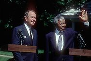 President H W Bush and Nelson Mandela in June 1990<br /> <br /> <br /> <br /> <br /> Photograph by Dennis Brack  bsb12