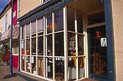 A083T4 Violin shop Woodbridge Suffolk England
