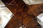 De Nieuwe Kerk is een kerkgebouw in Amsterdam. De kerk is gelegen aan de Dam, naast het Paleis op de Dam.De Nieuwe Kerk wordt, sinds soeverein-vorst Willem in 1814 in deze kerk de eed op de grondwet aflegde, ook gebruikt voor de inzegening van koninklijke huwelijken en voor inhuldigingen. De inhuldiging van Koningin Beatrix vond er plaats op 30 april 1980. Op dezelfde datum in 2013 zal de inhuldiging van haar zoon en opvolger Willem-Alexander ook daar plaatsvinden.<br /> <br /> The New Church is a church building in Amsterdam. The church is located on Dam Square, next to the Palace on the Dam.De New Church in this church in 1814, since sovereign-prince Willem laid aside the oath to the Constitution, also used for the blessing of royal weddings and inaugurations. The inauguration of Queen Beatrix took place on April 30, 1980. On the same date in 2013, the inauguration of her son and heir Willem-Alexander will also take place there.<br /> <br /> Op de foto / On the photo: Plafond / Roof