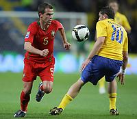 20090328: PORTO, PORTUGAL - Portugal vs Sweden: World Cup 2010 Qualifying Match. In picture: Duda and Elmander . PHOTO: Ricardo Estudante/CITYFILES