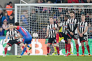 Crystal Palace midfielder Andros Townsend (10) takes a free kick in front of the Grimsby Town goal during the The FA Cup 3rd round match between Crystal Palace and Grimsby Town FC at Selhurst Park, London, England on 5 January 2019.