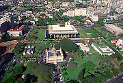 State Capitol bldg. and Iolani Palace, Honolulu, Oahu, Hawaii<br />